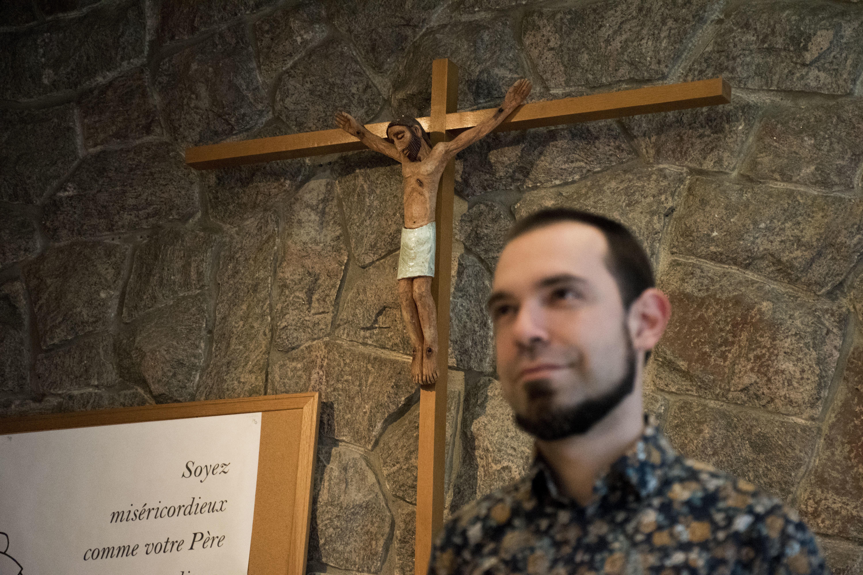 La majorité des jeunes Québécois qui vont encore à l'église sont généralement issus de familles croyantes ou bien ont découvert un groupe signifiant pour eux, à l'intérieur duquel ils cheminent. Ça donne un sens à leur vie.